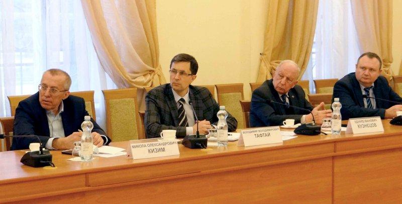 Зліва направо М. Кизим, В. Тафтай, Е. Кузнєцов, В. Міхеєв