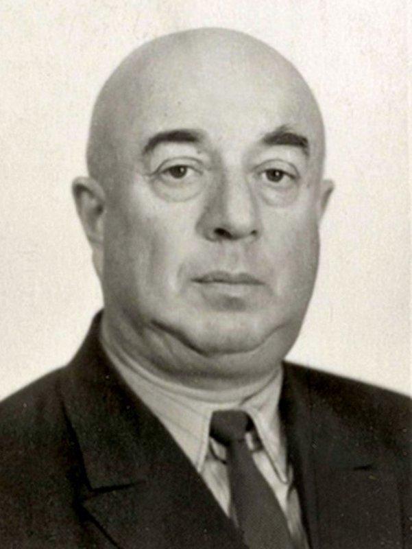 Лев Веніамінович Люльєв