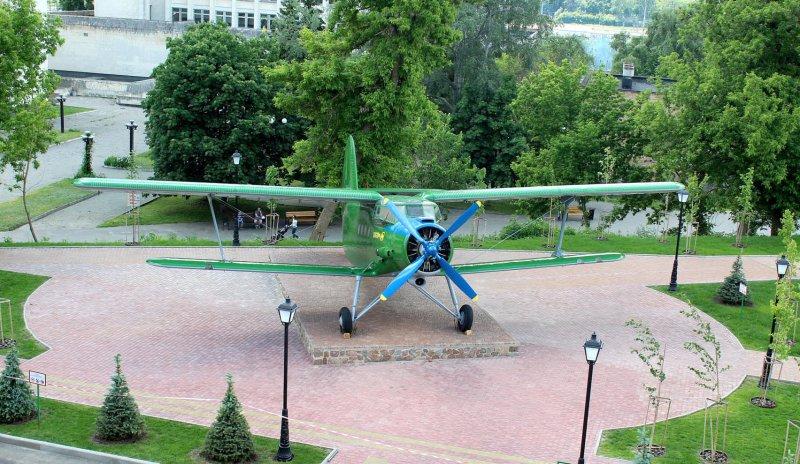 легендарний літак Ан-2