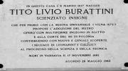 Меморіальна дошка в м. Агордо на будинку, де пройшло дитинство Тіто Лівіо Бураттіні