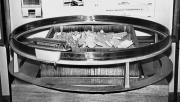 Фото 2. Модель транспортного екіпажу з лінійним асинхронним електродвигуном (ВДНГ СРСР, 1974 р.)